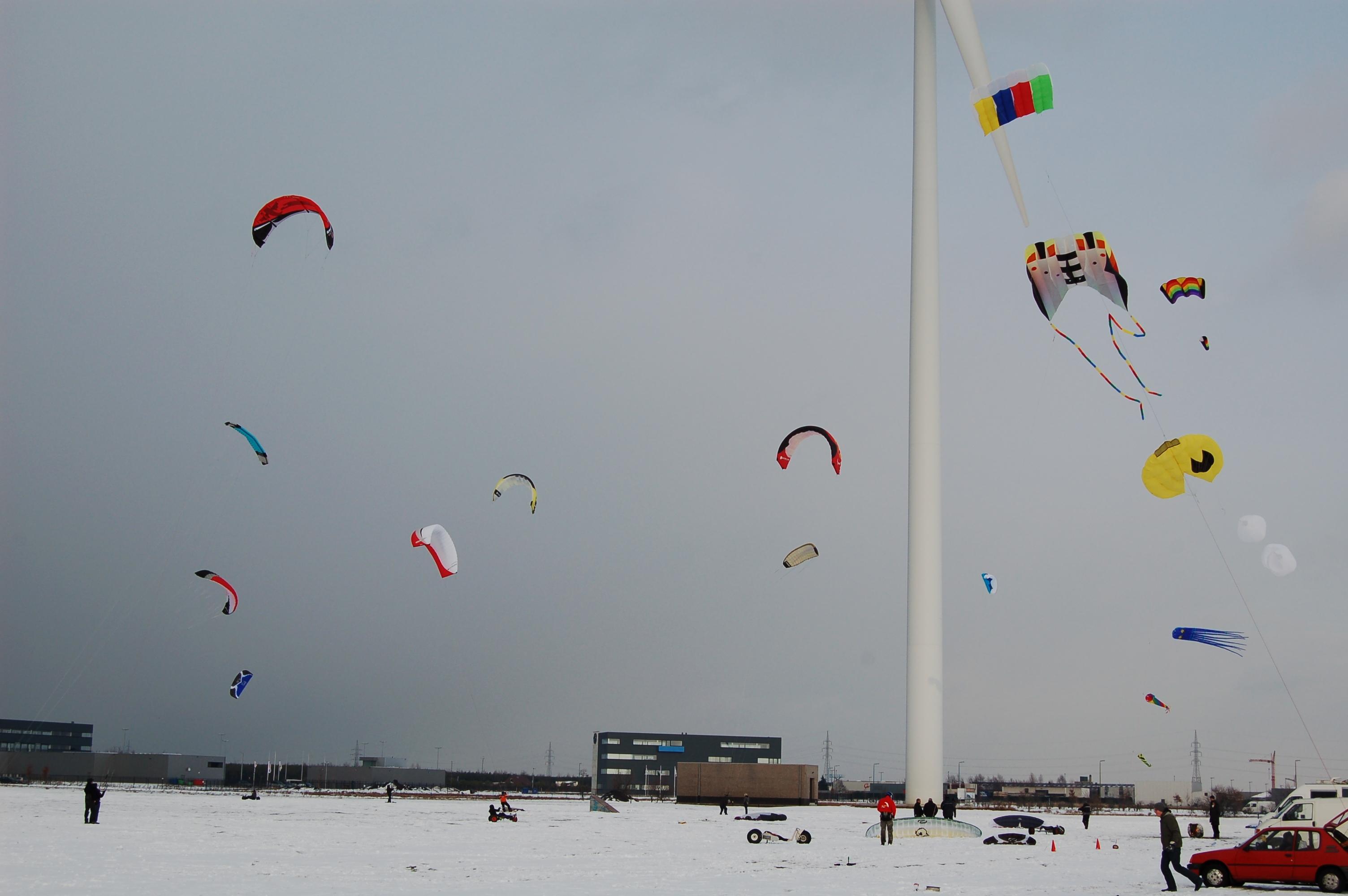 Snowkiting te Lommel